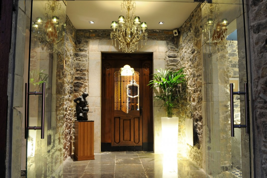 01 Hall ANTIGUO CASINO Hotel Boutique con Encanto Pravia Asturias