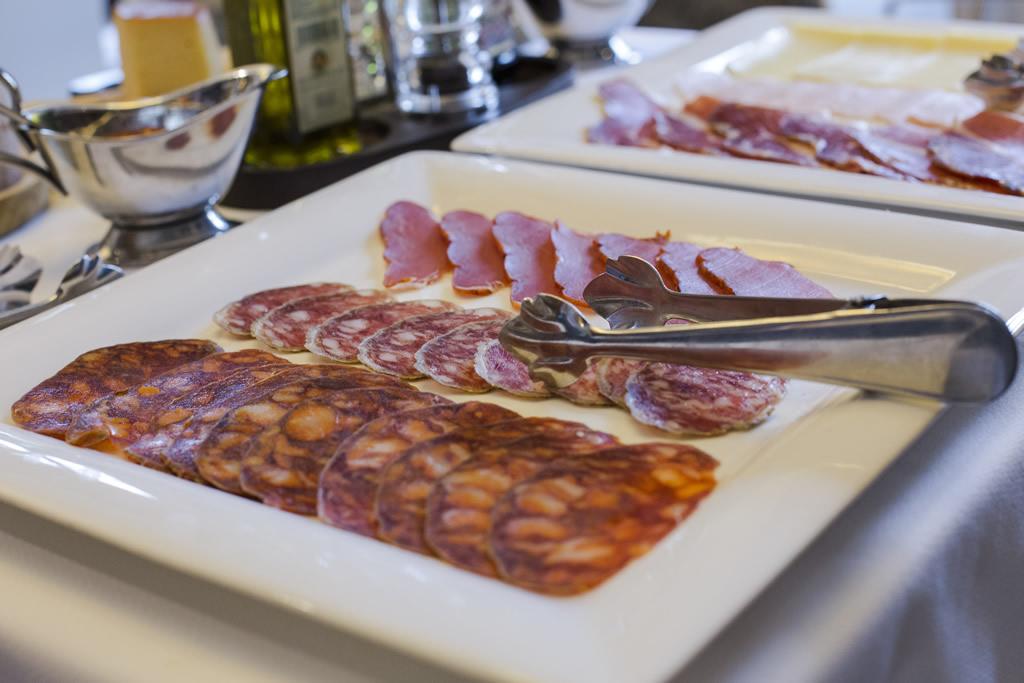 06-Desayuno-ANTIGUO-CASINO-Hotel-Boutique-con-Encanto-Pravia-Asturias