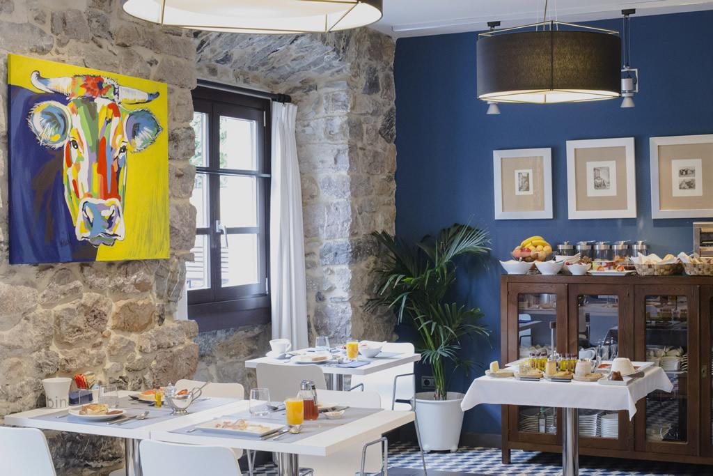 07-Desayuno-ANTIGUO-CASINO-Hotel-Boutique-con-Encanto-Pravia-Asturias
