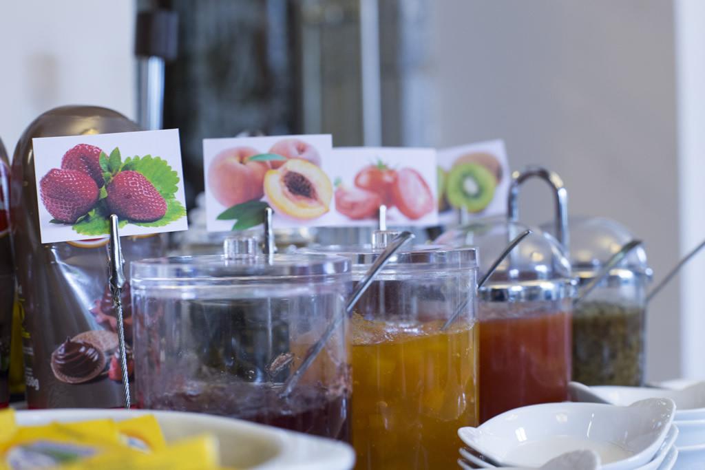 08-Desayuno-ANTIGUO-CASINO-Hotel-Boutique-con-Encanto-Pravia-Asturias