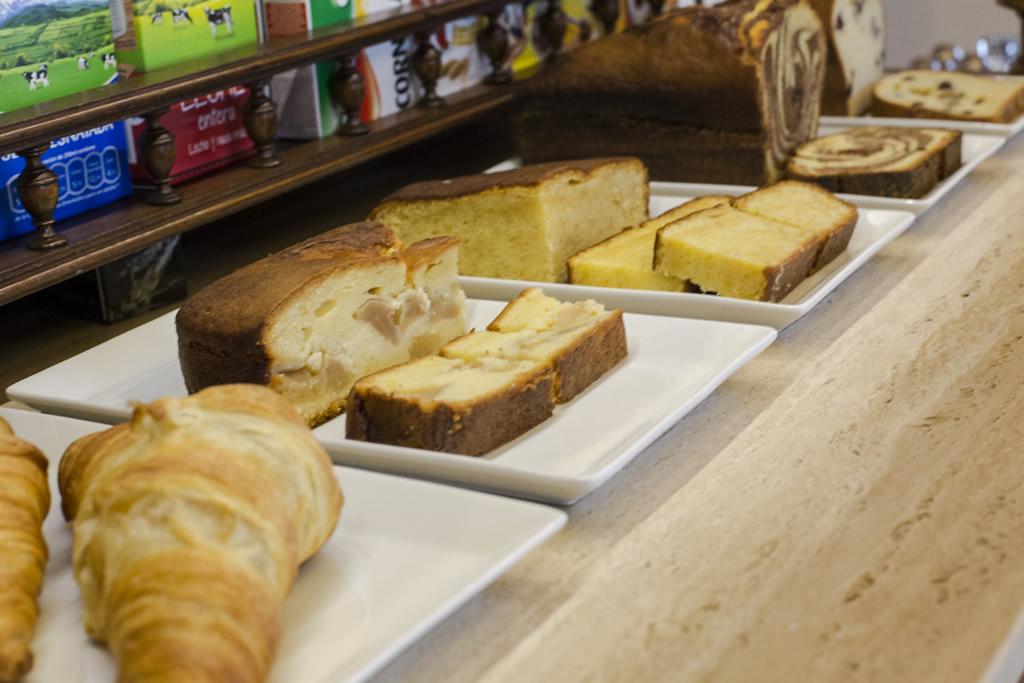 10-Desayuno-ANTIGUO-CASINO-Hotel-Boutique-con-Encanto-Pravia-Asturias